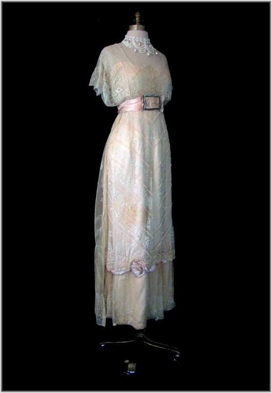 Edwardian Gown Eye Candy | The Quintessential Clothes Pen