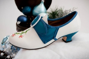 blue n white shoe nov 11 (3 of 4)
